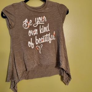 graphic tee be your own kind of beautiful